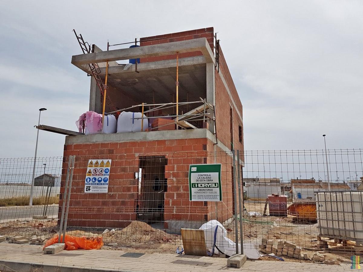 Закончено возведение стен в демо-доме