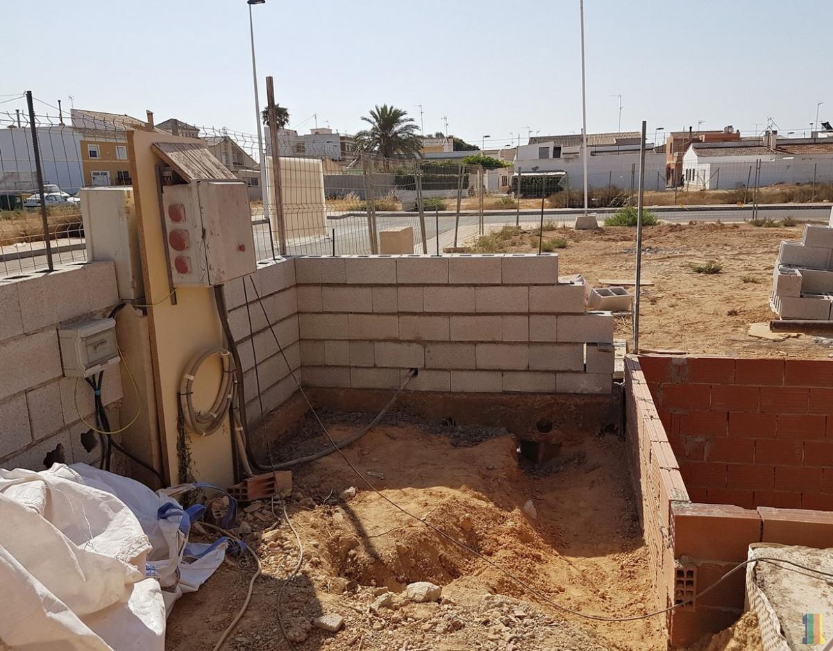 Работы в Испании продолжаются