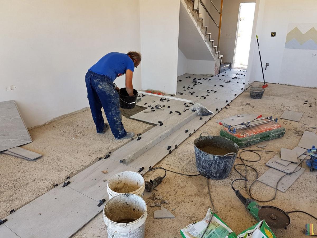 Строительство в демонстрационном доме Березка
