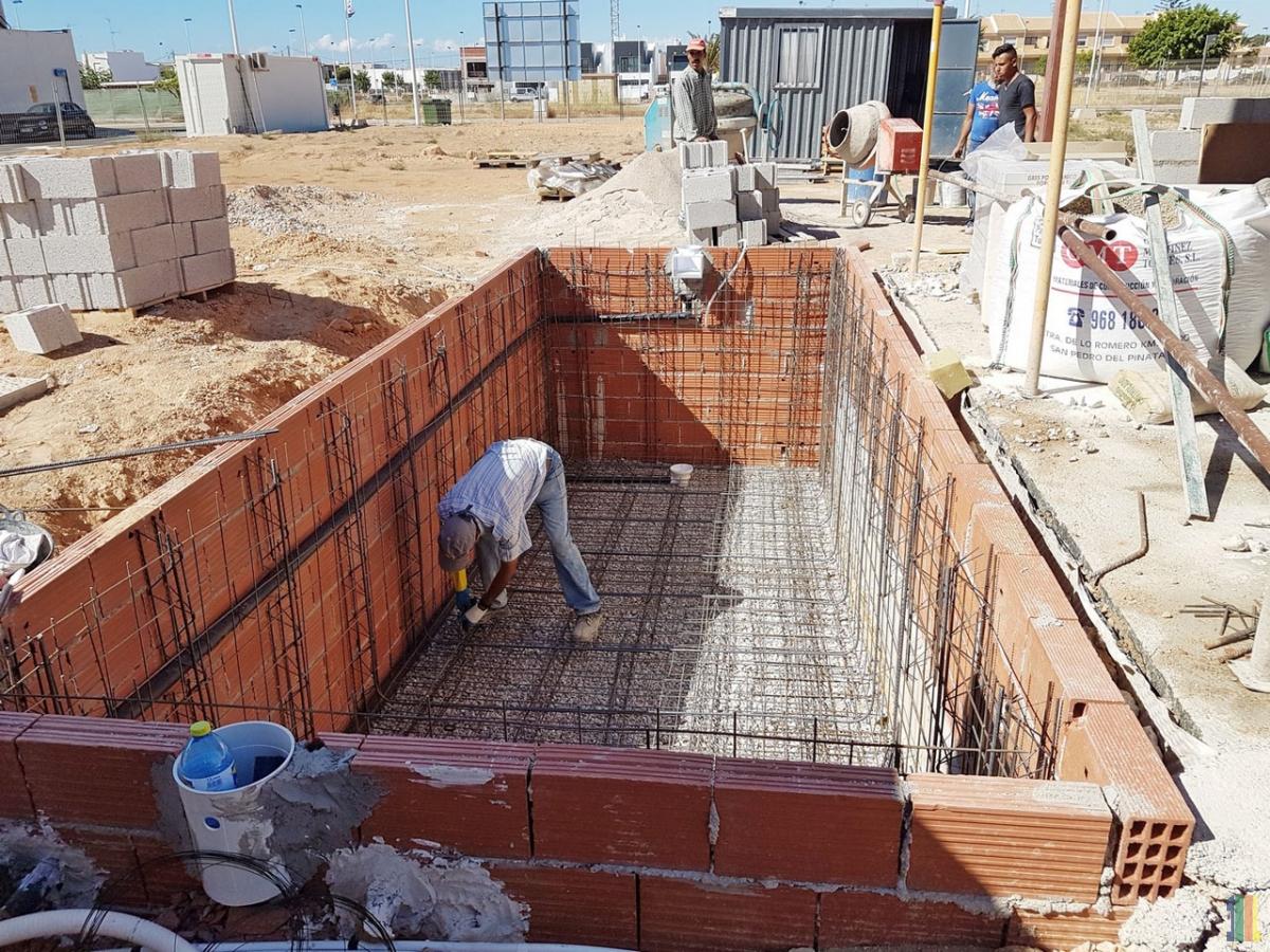 В Испании работы идут полным ходом
