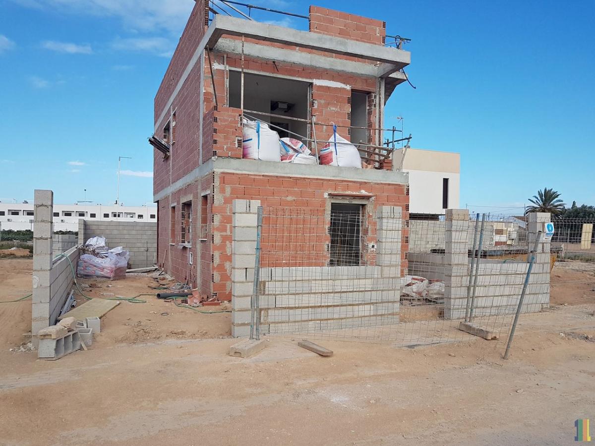 Фотографии строительства в Испании.